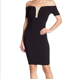 JUMP Off-the-Shoulder size 1/2 black Bodycon dress